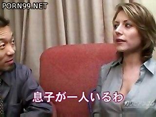 Velicity Von In Japan