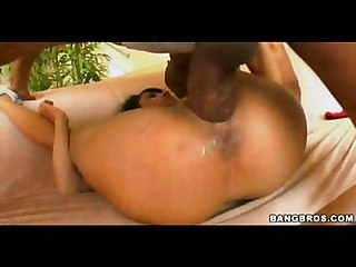 Big Dick Makes Ebony Chick Very Wet